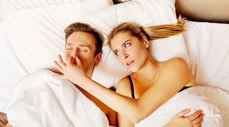 Przyczyny chrapania i problemów ze spaniem